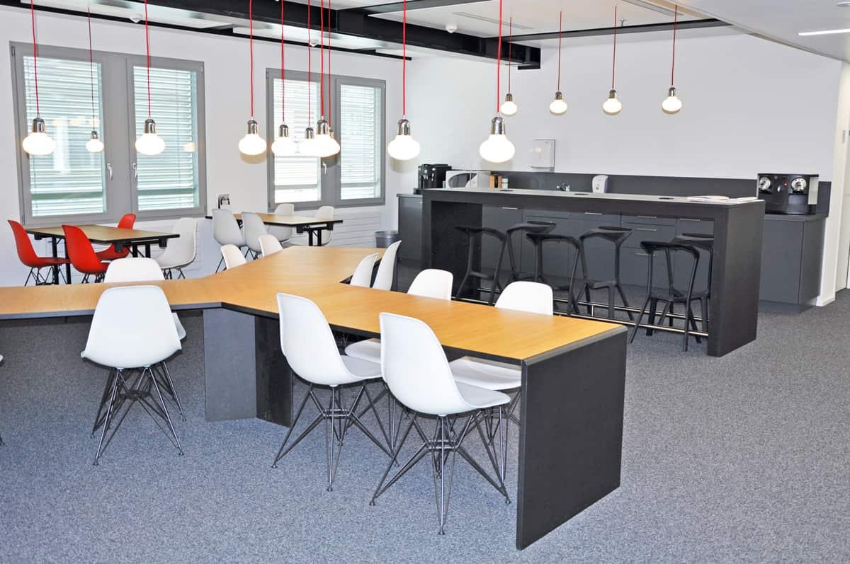 Universitat st gallen aufenthaltsraum danuser herisau for Küchenfirmen