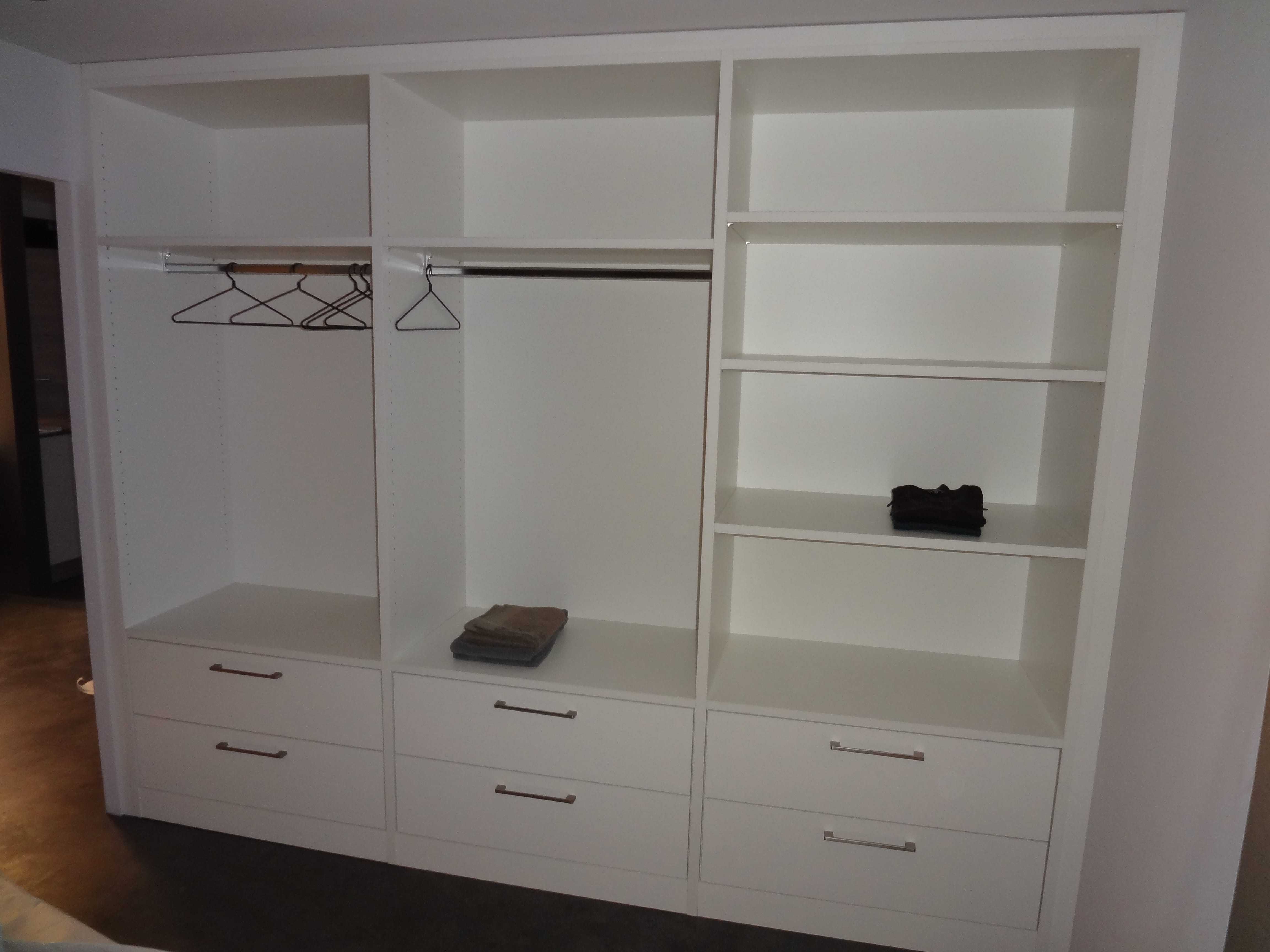 Garderobe weiss interesting beautiful home affaire for Garderobe carlton